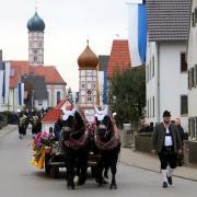 Der Leonhardiritt in Balzhausen wurde wieder zu einem großen Ereignis.