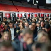 Warnstreik bei der Deutschen Bahn - Stuttgart