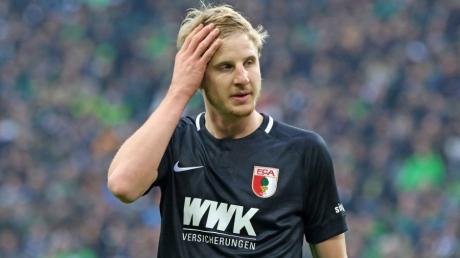 Der FCA-Innenverteidiger Martin Hinteregger kritisierte nach der Niederlage in Mönchengladbach auch seinen Trainer Manuel Baum.