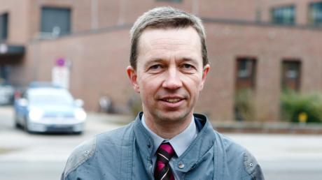 Bernd Lucke, Europaabgeordneter der LKR Liberal-Konservative Reformer, gründete die AfD. 2015 trat er aus der Partei aus.