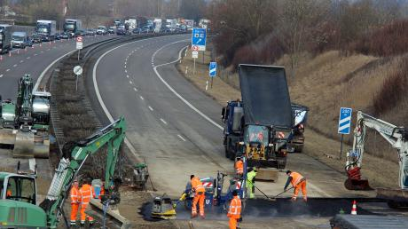 Wegen Sanierungsarbeiten ist die A7 ab Dettingen gesperrt.