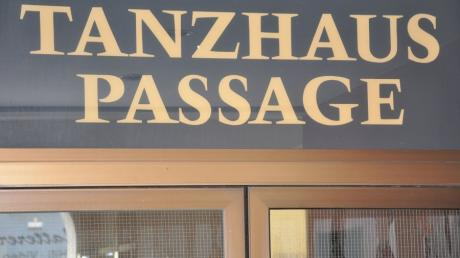 Die Passage des Tanzhauses ist seit 2012 entmietet worden und steht seitdem leer.