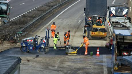 Die A7 ist gesperrt: Es finden dringende Sanierungsmaßnahmen statt.