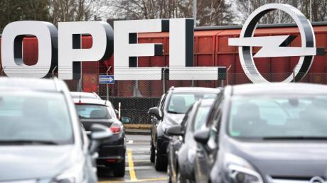 Der PSA-Konzern, zu dem auch Opel gehört, hat seine Jahreszahlen veröffentlicht. Nach fast 20 Verlustjahren verzeichnet Opel erstmals wieder Gewinn.