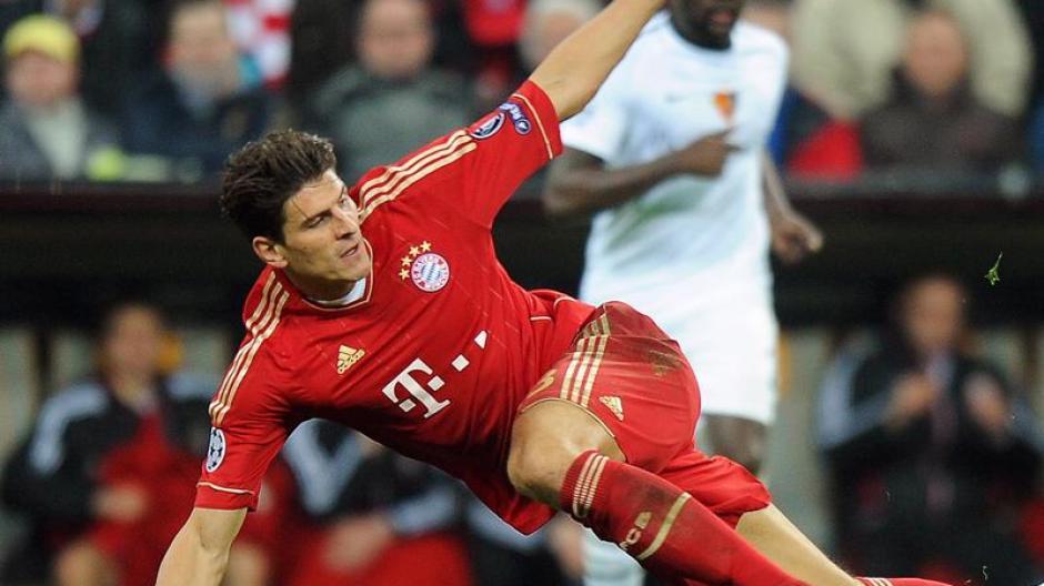 FC Bayern nach der Basel-Gala: Mario Gomez: Nackt durch