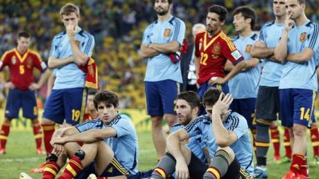 Nach der Finalniederlage ließen die Spanier die Köpfe hängen. Foto: Felipe Trueba