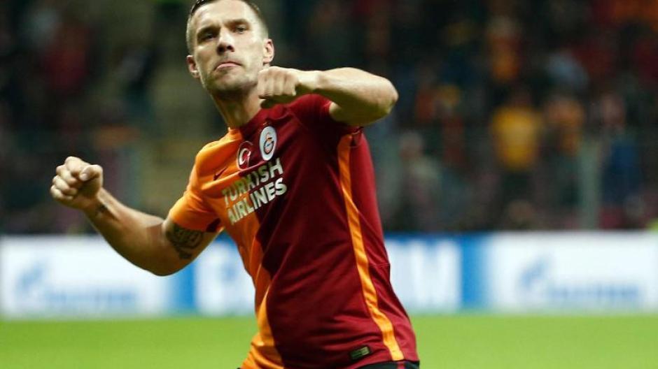 Ex Nationalspieler Lukas Podolski Wechselt Im Sommer Nach Japan