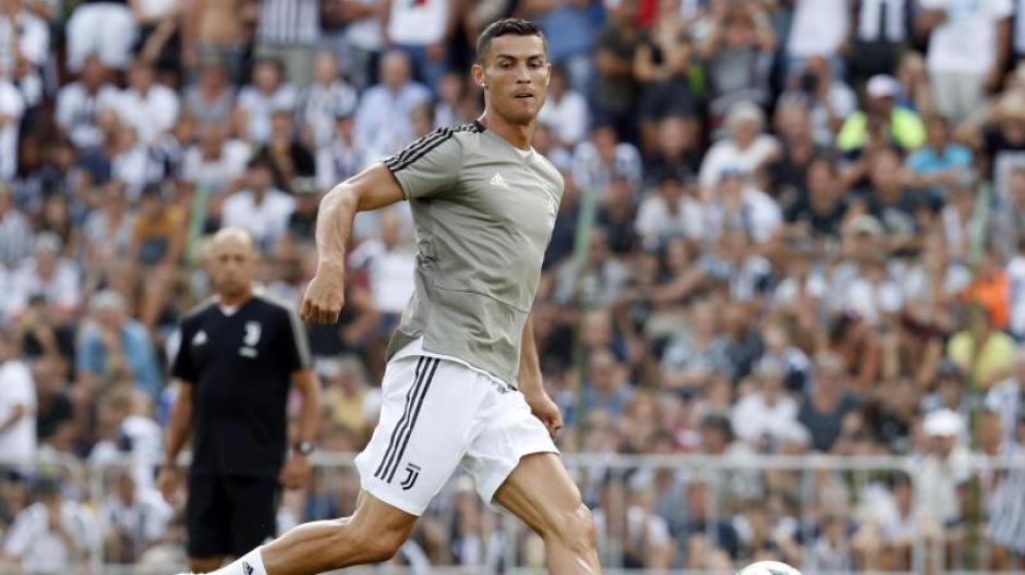 Fussball Ronaldo Sorgt Bei Juventus Turin Fur Neuen Schwung