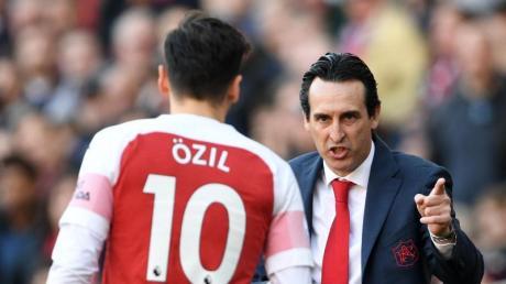 Mesut Özil hat einen neuen Trainer: Unai Emery ist nicht mehr Coach des FC Arsenal.