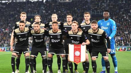 Sie sind die Überraschung der Champions League: Die jungen Spieler von Ajax Amsterdam.