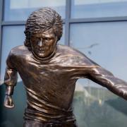In Belfast war die Statue von George Best enthüllt worden. Foto: Liam Mcburney/PA Wire