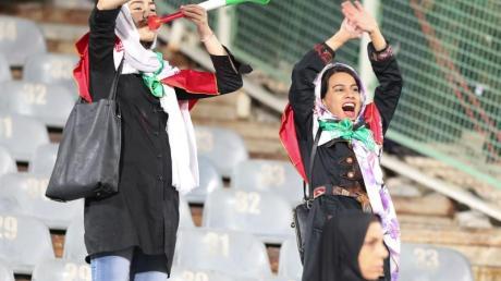 Irans Geistlichkeit meint, dass es für Frauen «eine Sünde sei, halbnackten Männern beim Spielen zuzuschauen.» Foto:Saeid Zareian