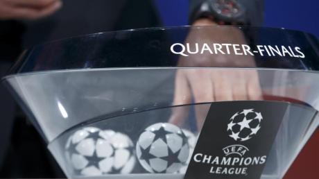 32 Loskugeln gibt es bei der Champions-League-Auslosung zu ziehen. Foto: Salvatore Di Nolfi/KEYSTONE