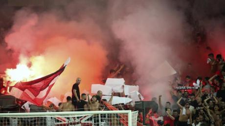 Fans von OGC Nizza fielen gegen Olympique Marseille negativ auf.