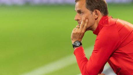 Muss zum Königsklassen-Auftakt auf ein prominentes Trio verzichten: PSG-Coach Thomas Tuchel.