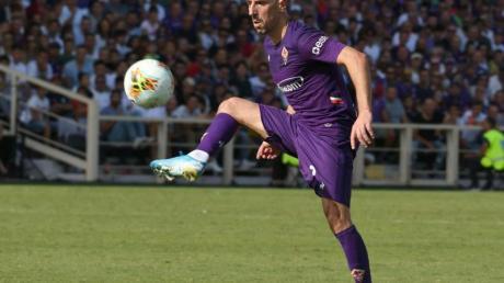 Franck Ribéry erzielt für ACFlorenz beim AC Mailand das Tor zum 3:0.