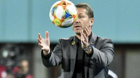 Muss weiter auf Bayern-Profi David Alaba verzichten: Österreich-Coach Franco Foda. Foto: Herbert Neubauer/APA/dpa