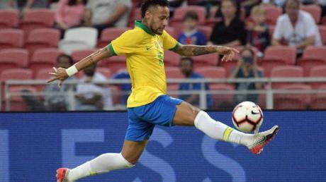 Hat sich bei einem Länderspiel gegen Nigeria verletzt: Brasiliens Superstar Neymar.