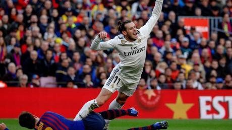 Das Spitzenspiel zwischen dem FC Barcelona und Real Madrid findet nun am 18. Dezember statt. Foto: Joan Gosa/XinHua/dpa