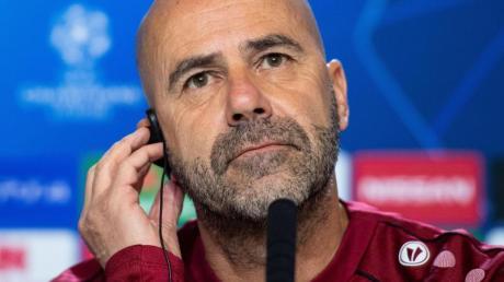 Muss mit Leverkusen bei Atlético ran:Bayer-Coach Peter Bosz. Foto: Marius Becker/dpa