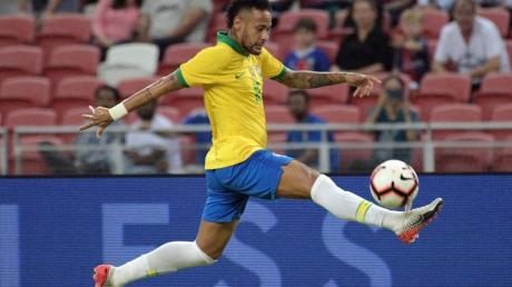 Wurde nicht für zwei Testspiele der Seleçao berufen: Superstar Neymar. Foto: Then Chih Wey/XinHua/dpa