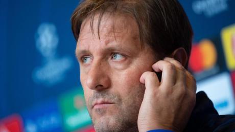 Trainer Pedro Martins will mit Olympiakos Piräus in München überraschan.