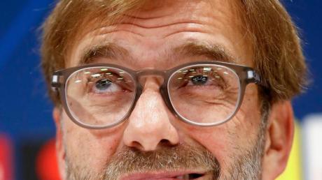 Liverpools Trainer Jürgen Klopp muss binnen 24 Stunden mit zwei verschiedenen Teams in Liga-Pokal und Club-WM antreten. Foto: Martin Rickett/PA Wire/dpa