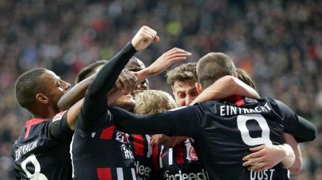 Bei Eintracht Frankfurt läuft es derzeit rund. Foto: Hasan Bratic/dpa
