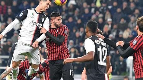Juventus Turin hat die Tabellenführung verteidigt. Foto: Alessandro Di Marco/ANSA/dpa