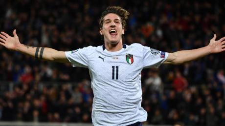 Nicolò Zaniolo bejubelt ein Tor für Italien: Die «Azzurri» besiegten Armenien mit 9:1. Foto: Alfredo Falcone/Lapresse.Alfredo/Lapresse via ZUMA Press/dpa