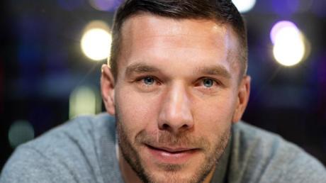 Blickt in eine ungewissen Zukunft: Lukas Podolski.
