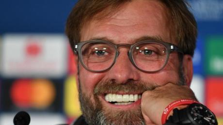 War bei der PKvor dem Salzburg-Spiel sehr launig gestimmt: Liverpool-Coach Jürgen Klopp.