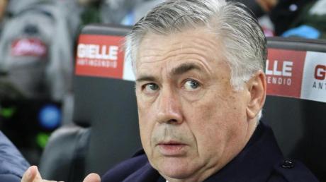Beabsichtigt nicht, als Trainer vom SSC Neapel zurückzutreten: Carlo Ancelotti.
