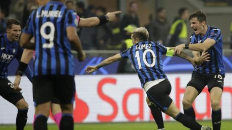 Atalanta Bergamo hat sich für das Achtelfinale der Champions League qualifiziert.