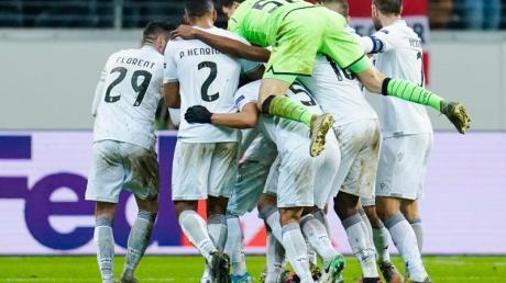 Vitória Guimarães feierte trotz Rückstandes einen Auswärtssieg in Frankfurt.