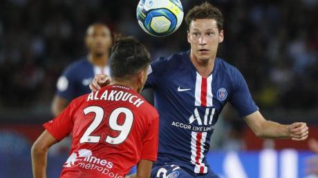 Julian Draxler (r) steht noch bei Paris Saint-Germain unter Vertrag.