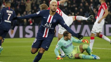 Neymar jubelt nach seinem Tor zum 1:0 für PSG.
