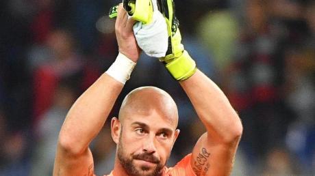 Wechselt von Italien nach England zu Aston Villa: José Manuel Reina.