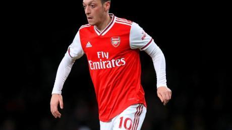 Spielt seit 2013 in der Premier League für den FC Arsenal: Mesut Özil.