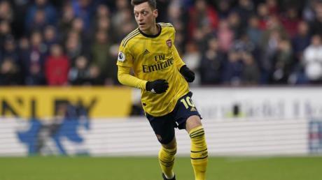 Mesut Özil steht beim FC Arsenal nicht im Aufgebot.