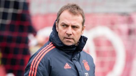 Bietet gegen den FC Chelsea wieder die zuletzt bewährte Formation auf: Trainer Hansi Flick.
