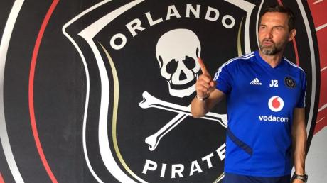 Joe Zinnbauer ist Trainer der Orlando Pirates.