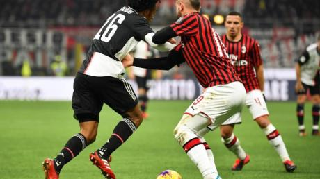 Das Halbfinal-Rückspiel zwischen Juventus Turin und ACMailand findet ohne Mailänder Fans statt.