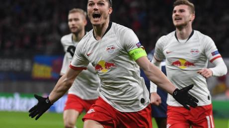 Marcel Sabitzer (M) war mit seinen zwei Toren Matchwinner beim Leipziger Heimsieg gegen Tottenham Hotspur.