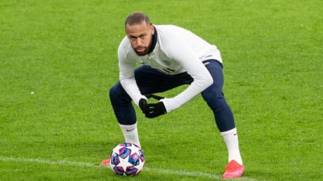 PSG-Star Neymar soll nach Brasilien gereist sein.