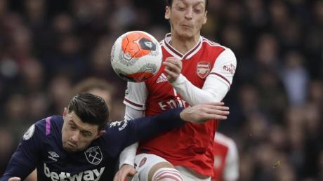 Verzichtet wie auch seine Teamkollegen beim FCArsenal auf Teil seines Gehaltes: Mesut Özil.