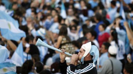 Die Fußball-Fans müssen zuhause bleiben: Die laufende Saison in Argentinien wurde abgebrochen.