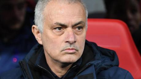 Muss wohl auf viele Verstärkungen für Tottenham Hotspur verzichten: Trainer José Mourinho.