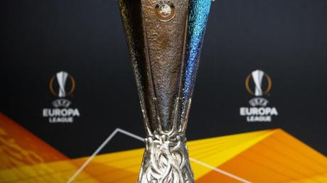 Die Europa-League-Spiele im August in vier nordrhein-westfälischen Städten werden unter strengen Corona-Auflagen stattfinden.