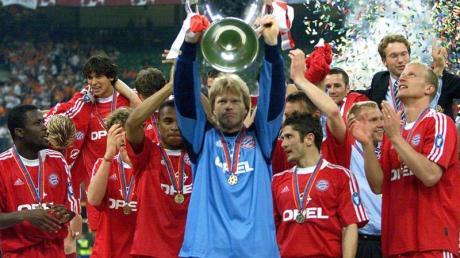 2001 wurde Bayern-Torwart Oliver Kahn im Finale gegen den FC Valencia zum Helden von Mailand.